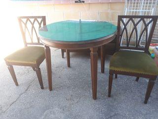 Mesa comedor con 2 sillas