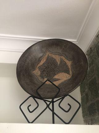 Plato decorativo con base metal