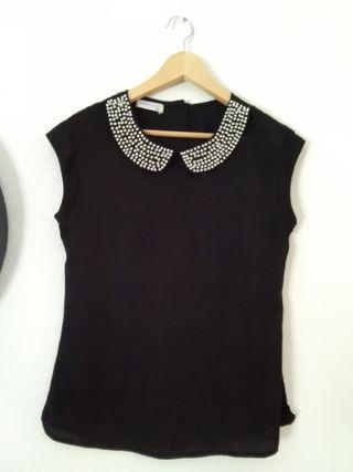 blusa negra cuello joya 36