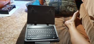 Funda y teclado par tablet