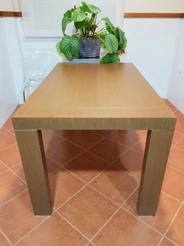 Gran mesa de madera para comedor o cocina de segunda mano por 130 ...