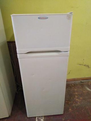 frigorífico corbero 136x54