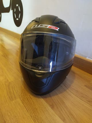 Casco de moto negro