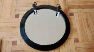 Espejo de pared con apliques