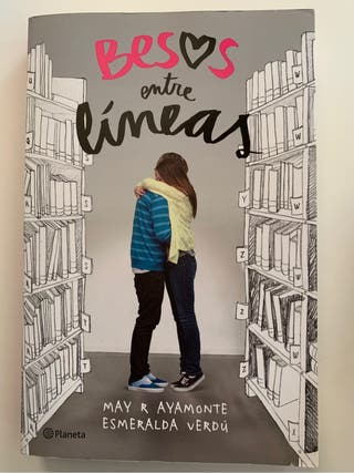 Libro. Besos entre líneas