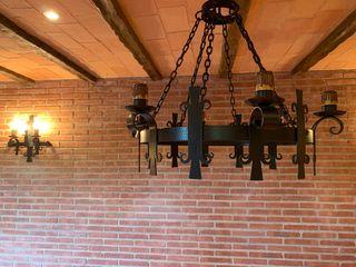 Preciosa lampara estilo medieval