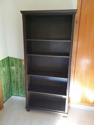 Libreria Ikea color marrón oscuro