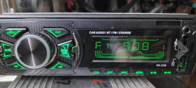 Radio coche bluetooth.