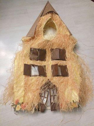 Disfraz casita paja