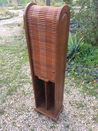 Armario torre para..... con puerta persiana