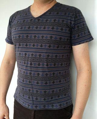 Teeshirt garçon   Camiseta chico    Taille M