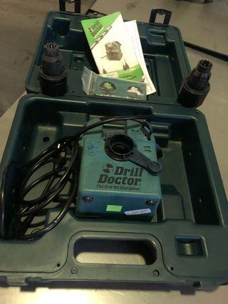 Máquina para afilar brocas