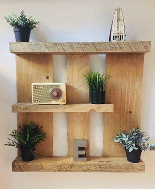 estanteria jardin vertical madera palet nordica