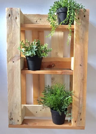 mini estanteria jardin vertical madera palet loft