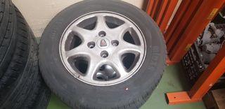 "Rover 600. Llantas de aluminio 15"""