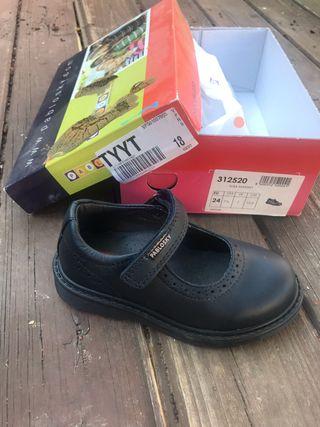 Zapato escolar Pablosky