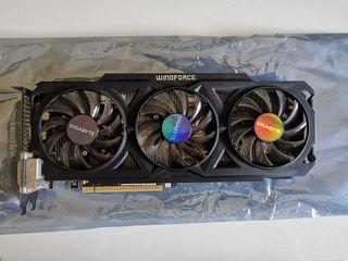 Tarjeta gráfica Radeon R9 270X