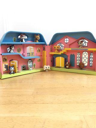 Casa de perros + 10 Little Pet Shop