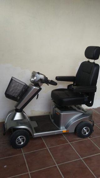 Scooter eléctrico minusválido.