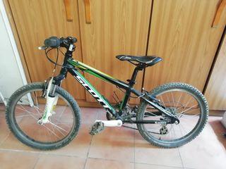 Bicicleta scott scale 20jr