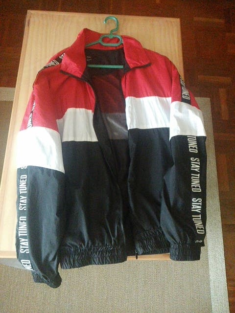 chaqueta Bershka talla XL