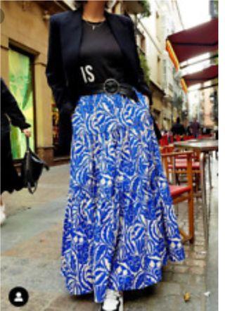 0ae33573c Falda larga Zara de segunda mano en Las Rozas de Madrid en WALLAPOP