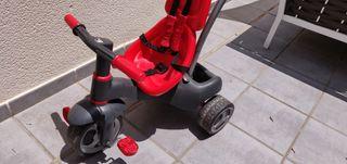 Triciclo, moto, correpasillos