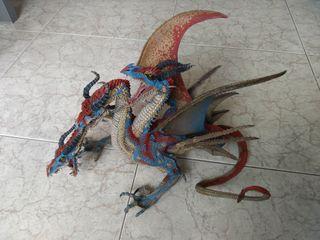 Dragón 3 cabezas