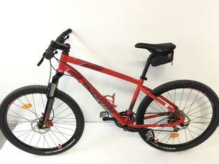 Bicicleta B TWIN modelo 540