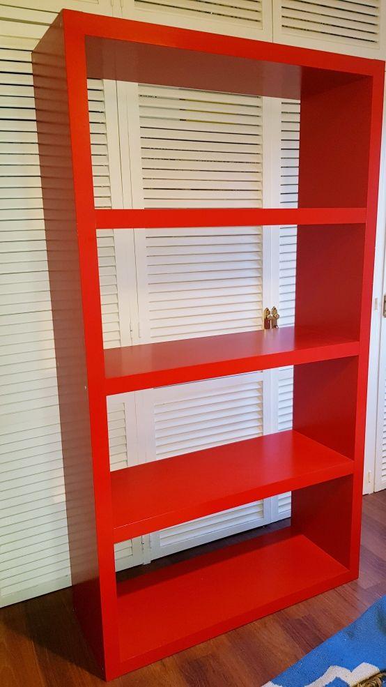 Estantería alta roja IKEA LACK 190x105x38cm