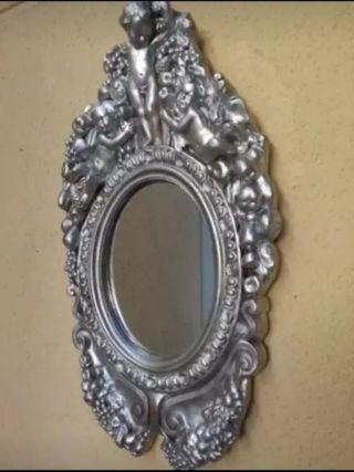 Antiguo espejo de Ángeles