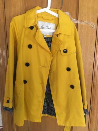 Chaqueta de vestir color amarillo