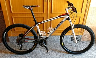 "Bicicleta MTB TREK Elite 9.6 Carbono 26"" Talla M/L"