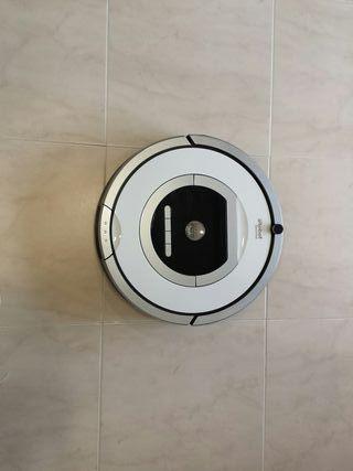 Roomba 776p