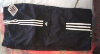 Pantalón corsario Adidas