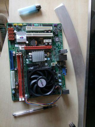 placa base A 780LM-M2 + procesador AMD + ddr3
