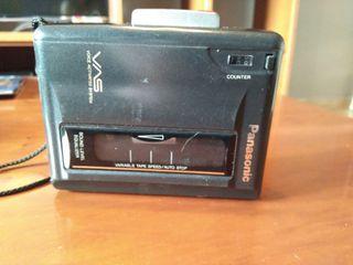 grabadora y reproductor de cassettes.