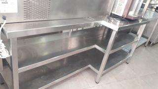 Mesa de acero 3 baldas 2 metros