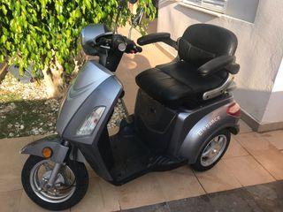 Scooter eléctrico matriculable movilidad reducida