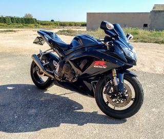 moto suzuki gsx-r 600