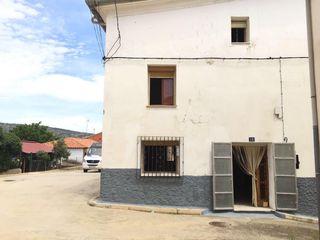 Casas Y Pisos En Alquiler Y Venta En Casas De Garcimolina En Wallapop