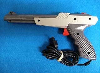 Pistola Zapper para Famicom y clonicas