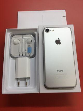 IPhone 7 silver . TUTTOMOVIL LEGANÉS