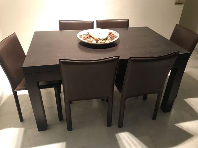 Mesa de comedor y sillas de segunda mano por 300 € en ...