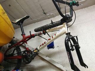 Bicicleta Monty BMX 139 Series