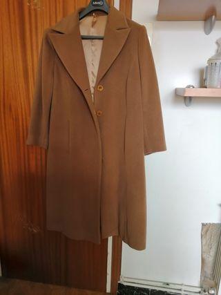 Abrigo lana pura T. 54 de El Corte Inglés