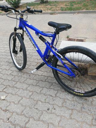 bici de descenso