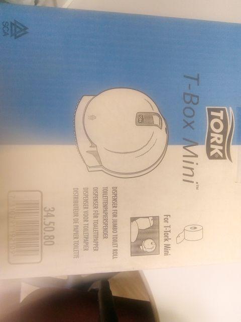 T-Box Mini Tork Dispensador papel higiénico