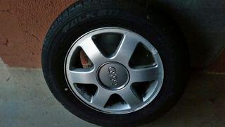 Rueda Audi A4 como nueva