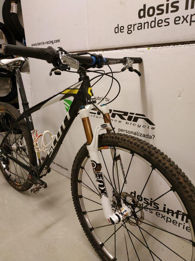 Bicicleta Scott.